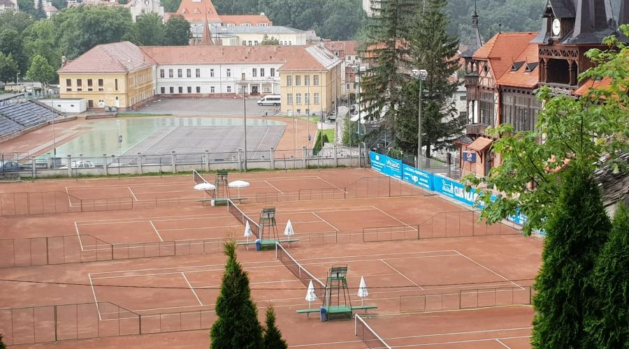 Tennis in Transylvania